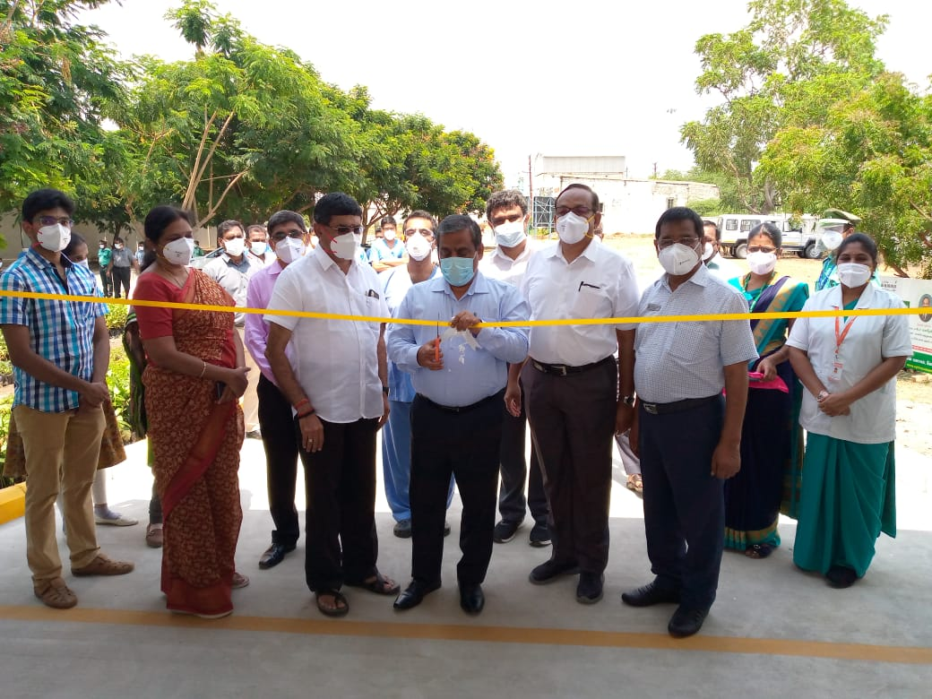 Launch-of-Drive-thru-Screening-at-Royal-Care-Hospital-Left-to-Right-Mr.K.P.Alagesan-Director-Shri.K.Rajamani-District-Collector-Dr.K.Madeswaran-Chairman-Royal-Care-Hospital-1.jpg